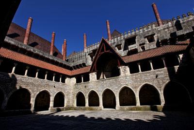 visiter porto - Palais des Ducs de Bragança - guide porto