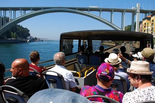 visite-de-Porto-bus-Hop-On-Hop-Off