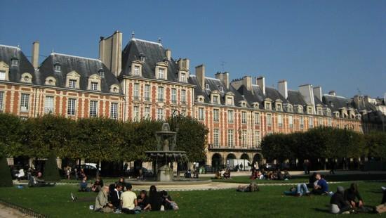 place-des-vosges-Paris