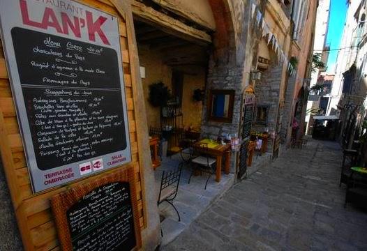 restaurant-bonifacio