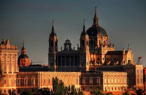 Cathédrale_de_la_Almudena_Madrid
