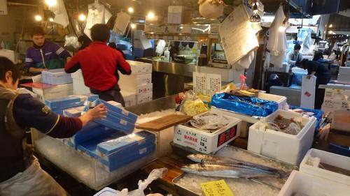 halles-Tsukiji-poisson