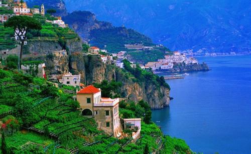 Cote-Amalfitaine-terrasses