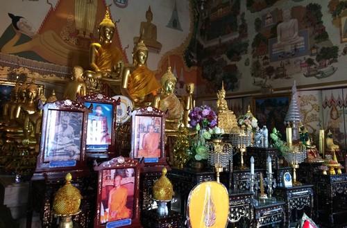 temple-bangkok-Wat-Chanasongkhram-Ratchaworamahaihan