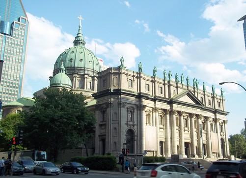 montreal-cathedrale_marie-reine-du-monde