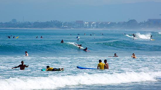ou-faire-surf-Kuta-bali