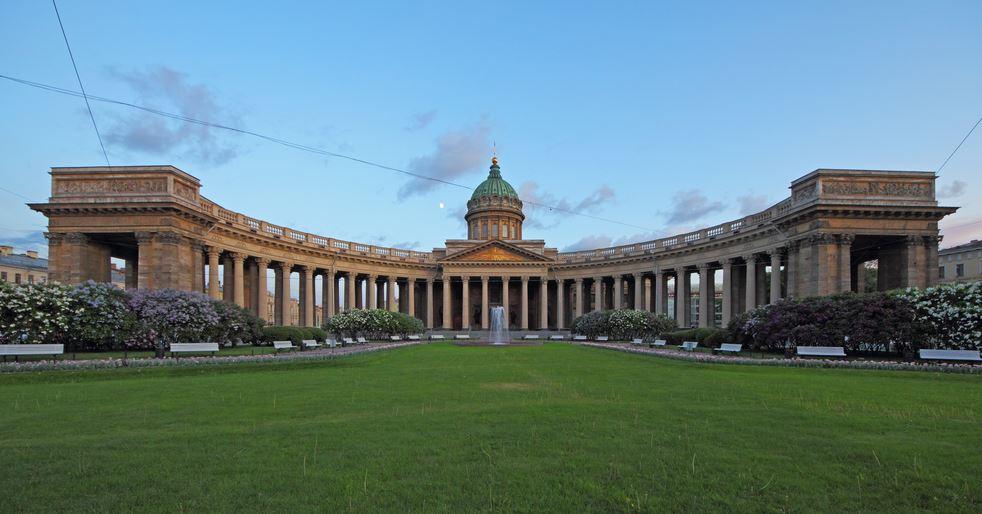 visiter-cathedrale-notre-dame-de-kazan-saint-petersbourg
