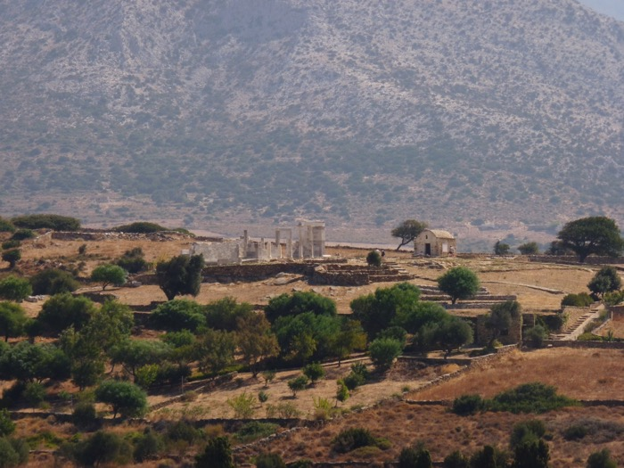 naxos-cyclades-randonnee-ruines-temple-demeter