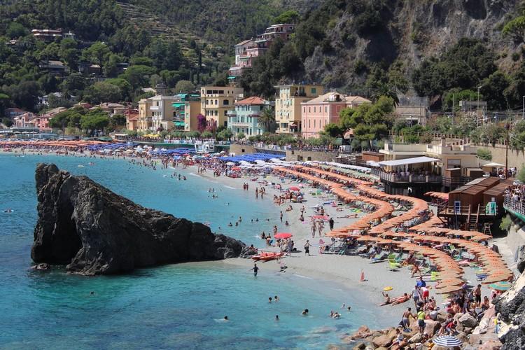plage-Monterosso-5-terres