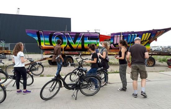 tour-amsterdam-street-art-velo-guide