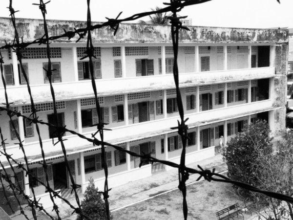 visiter-prison-S21-phnom-penh-cambodge