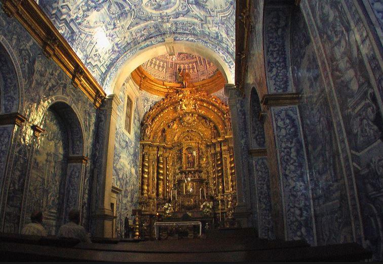 decouvrir-cathedrale-saint-laurent-d-almancil