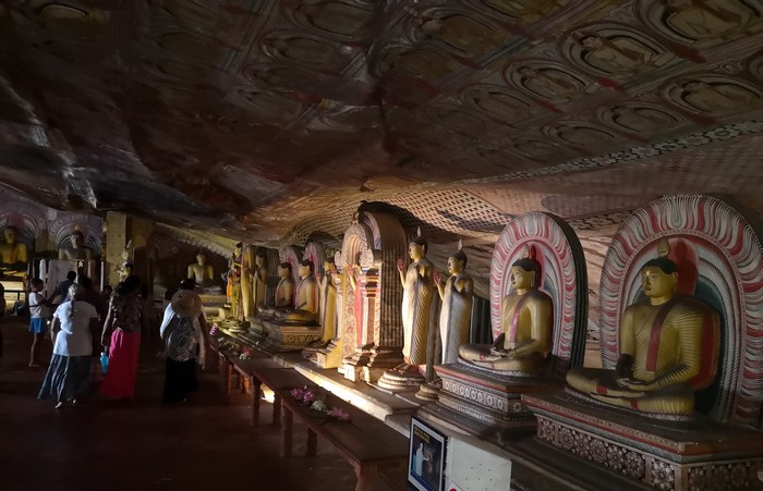 Dambulla-temple-rocher-royal