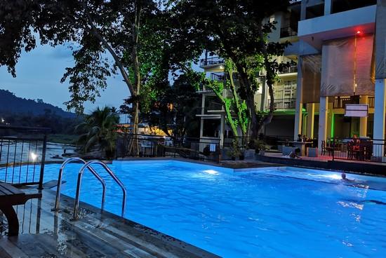ou-loger-pinnawala-avec-piscine