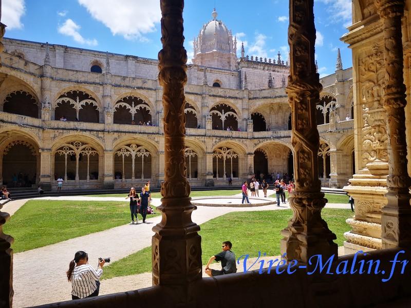 voir-interieur-jeronimo-monastere-lisbonne