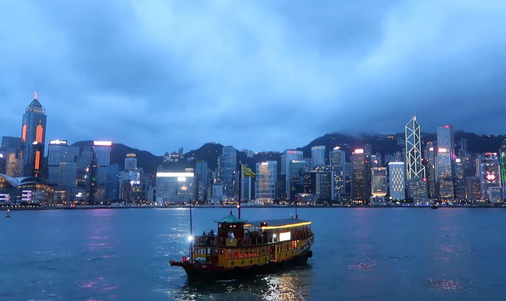 victoria-peak-bateau-hong-kong