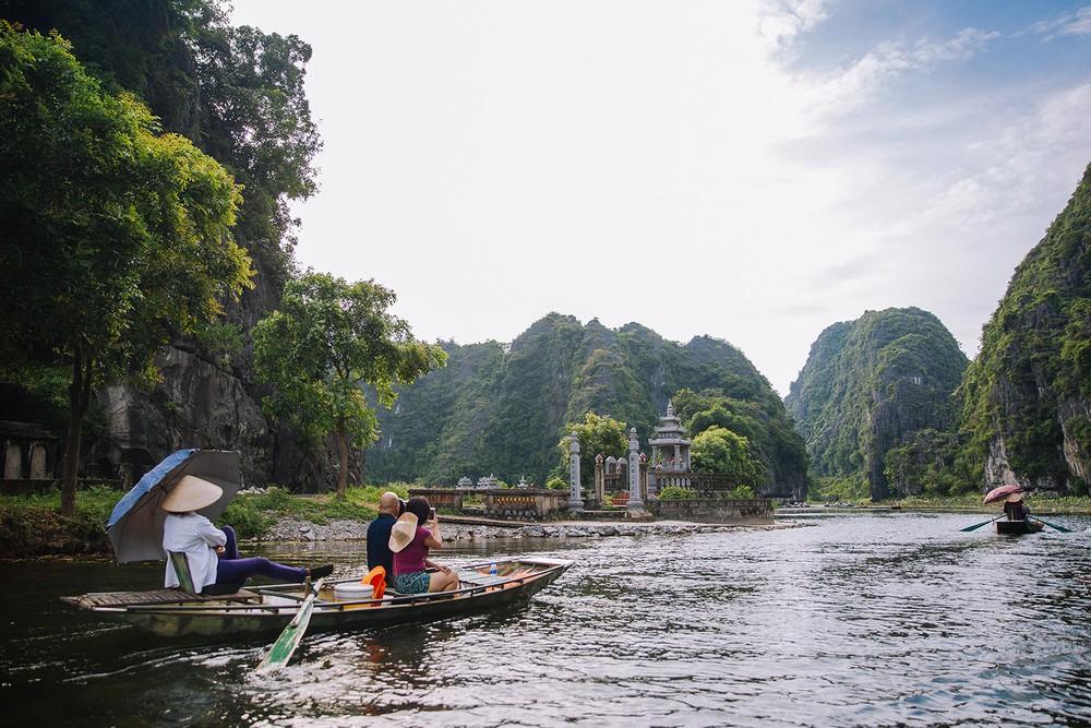 excursion-bateau-Tam-Coc-ninh-binh