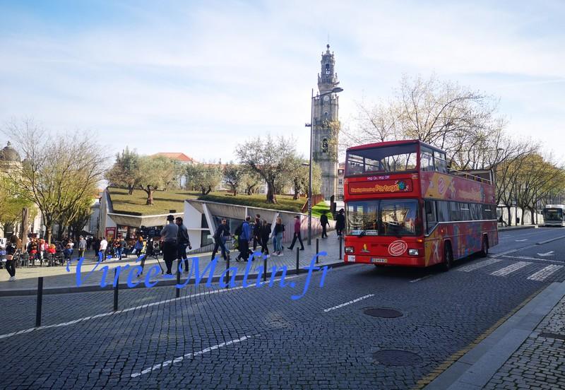 quel-bus-touristique-porto-choisir-jaune-ou-rouge