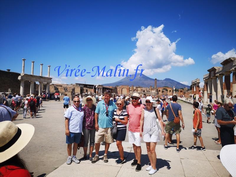 vue-vesuve-depuis-pompei