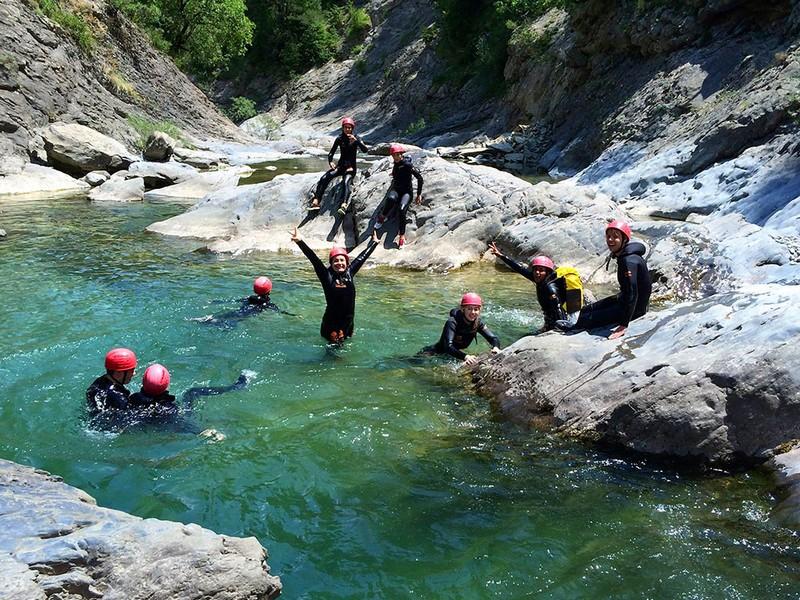 canyoning-famille-enfant-saint-lary-pyrenees