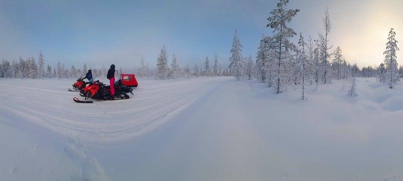 Excursions-motoneige-Rovaniemi-en-Laponie