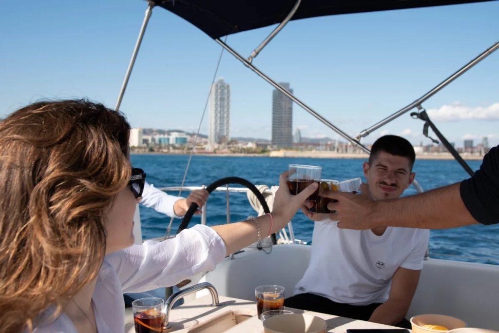 activite-bateau-barcelone-bateau-a-voile