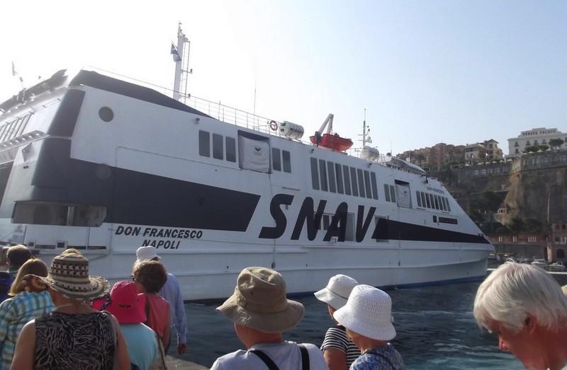ferry-snav-naples-capri