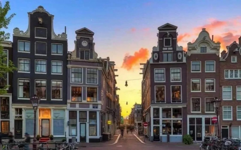 activite-amsterdam-a-pied-samy