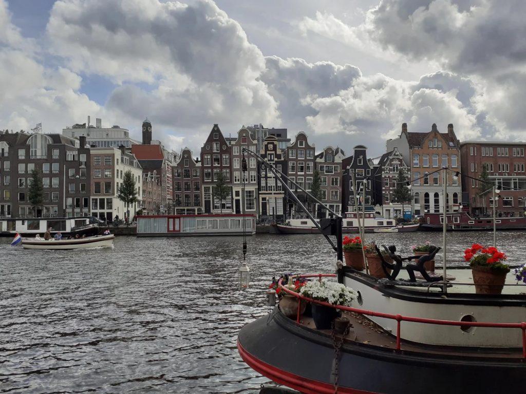 activite-bateau-amsterdam-avec-guide-francais