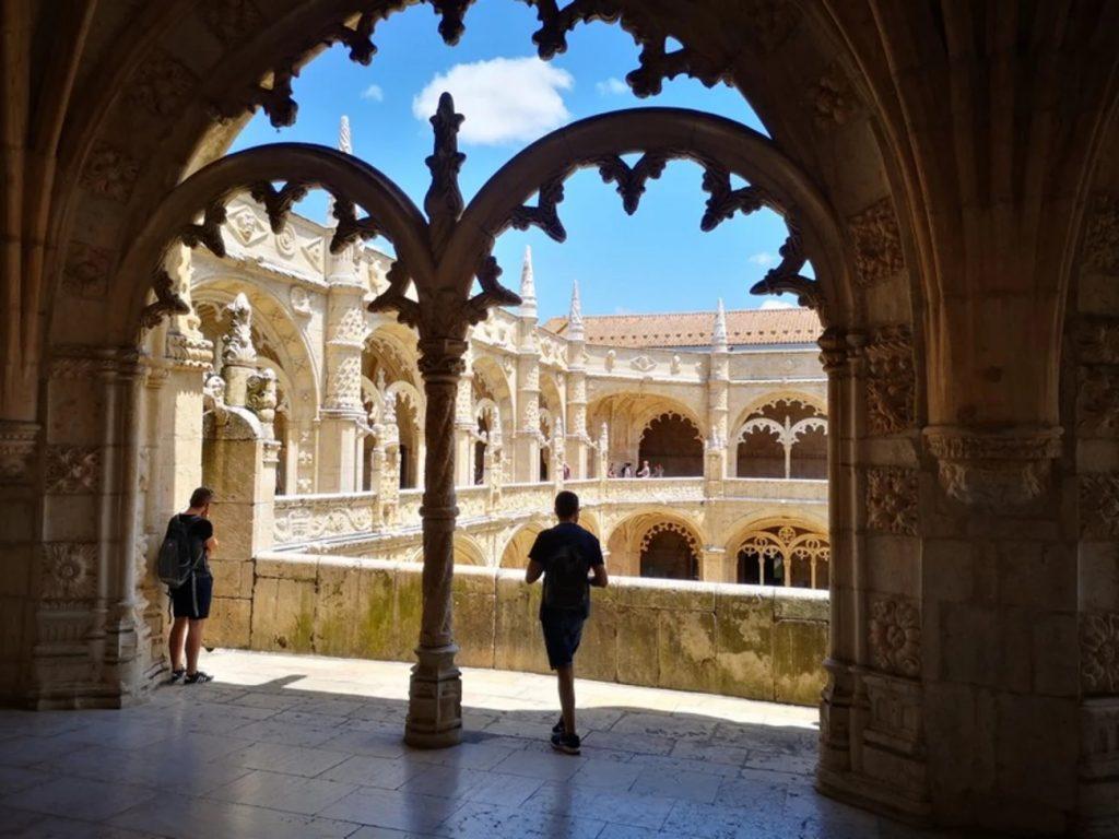 activite-lisbonne-visite-en-francais-monastere-hieronymites