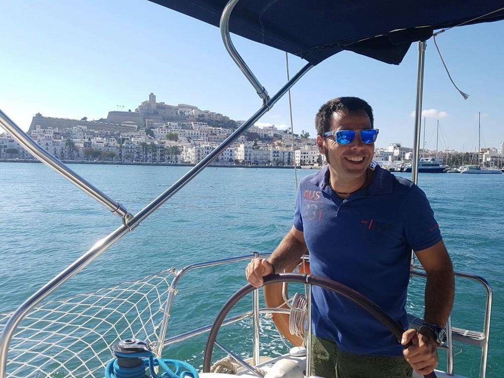 capitaine-skippeur-francophone-voilier-barcelone-daniel
