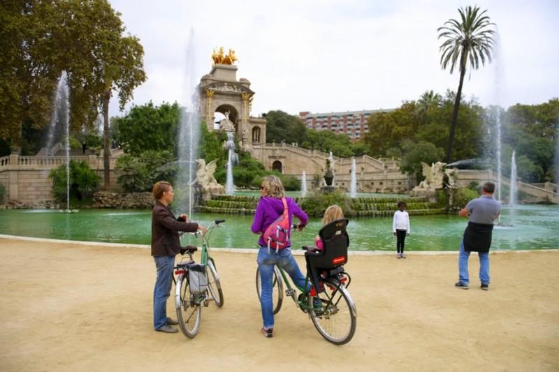 activite-barcelone-location-velo-famille
