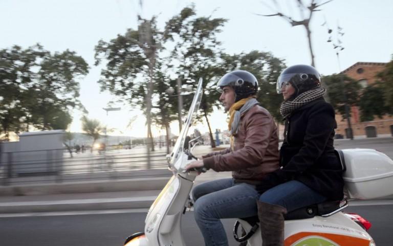 location-scooter-vespa-activite-barcelone