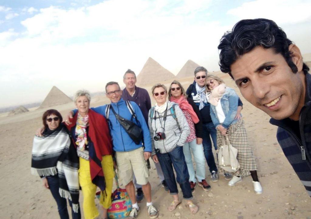 visite-pyramide-gizeh-avec-guide-francais-et-transfert-depuis-le-caire