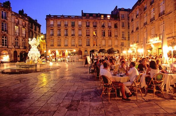 hotel-proches-bar-restaurants-bordeaux